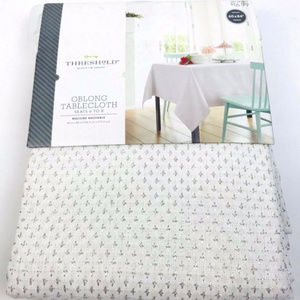 Threshold White Silver Crosses Oblong Tablecloth